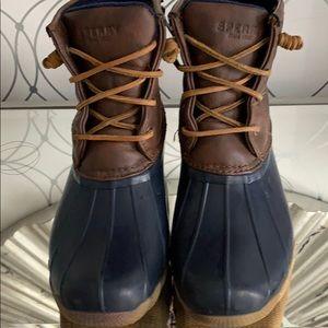 Speedy Duck Boots EUC